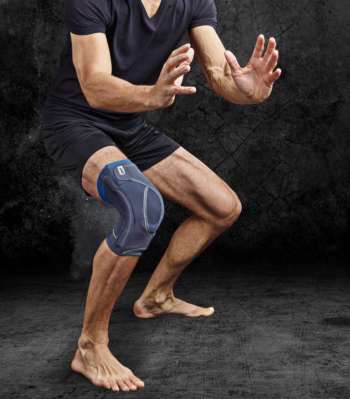 kniebrace tijdens het sporten